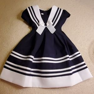 Beautiful Navy & White Dress